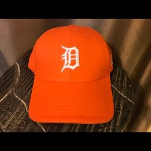 Other - Detroit Tigers - District Detroit Cap NWOT